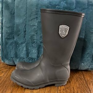 2 for $10 Kamik black rainboots